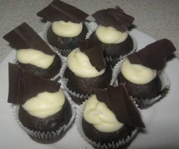 chocolate obsession cupcakes with cream cheese frosting
