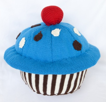 giant knitted cupcake